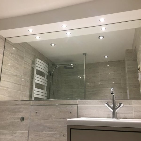 Glass Shower Enclosure Mirrored Splashbacks (3)
