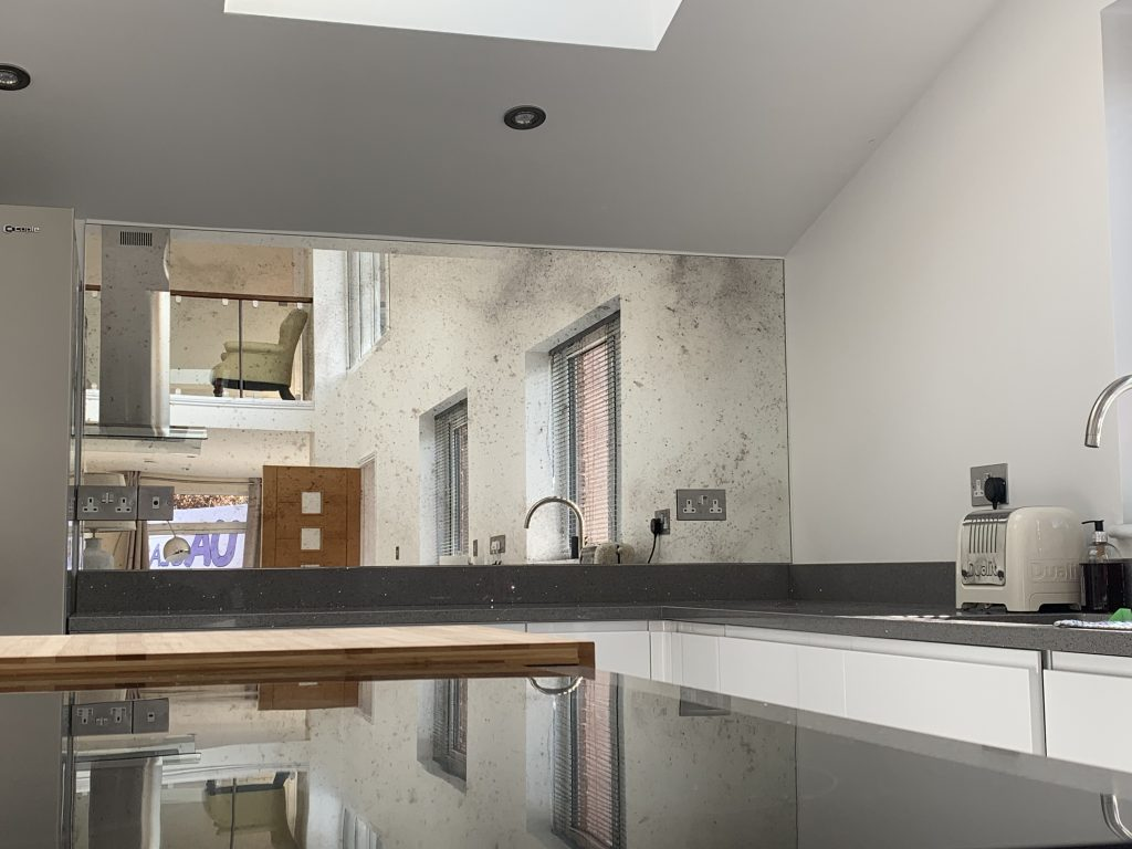 Mirror Glass Splashbacks - Kitchen Design for that Wow Factor