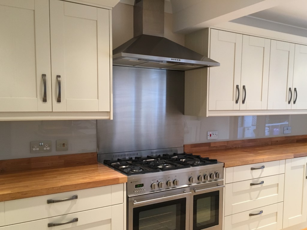 Colour Match Rackheath 2 Kitchen Coloured Splashback