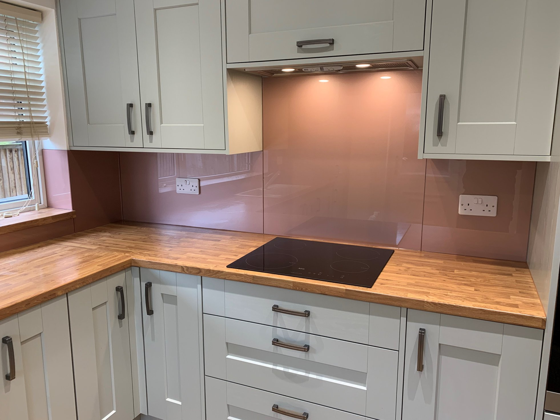 Colour Match Splashbacks (1)