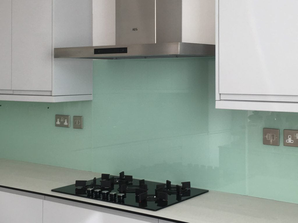 Glass Splashbacks for Kitchens, Bathrooms, Utility, Dressing Room