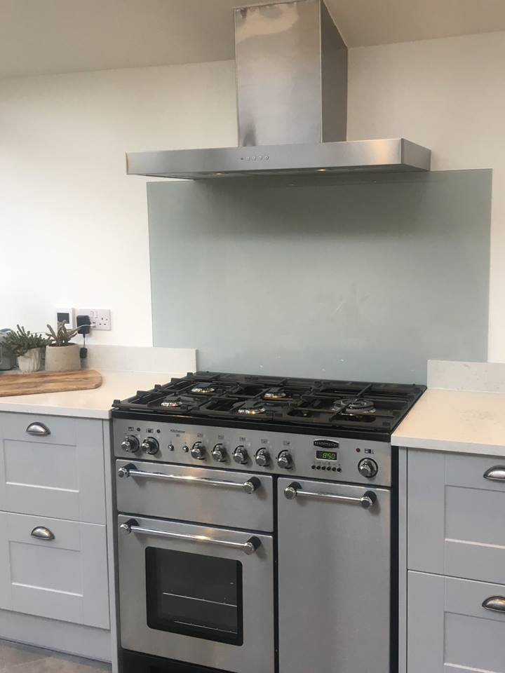 Kitchen Glass Coloured Splashbacks (5)
