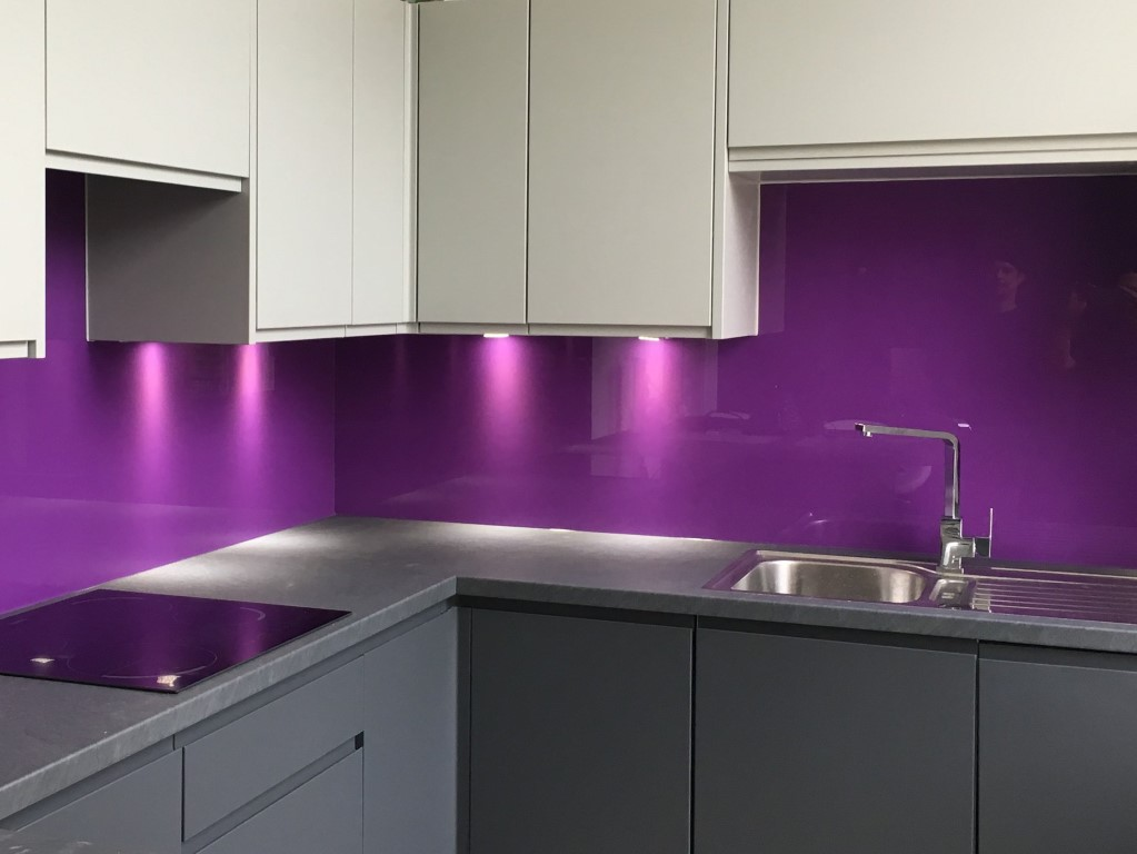 Kitchen Glass Coloured backsplash