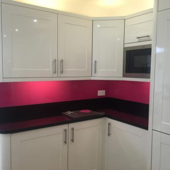 magenta glass splashback