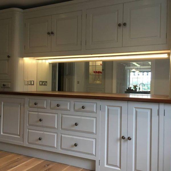 Mirrored Splashbacks For Kitchen