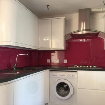red kitchen splashback uk