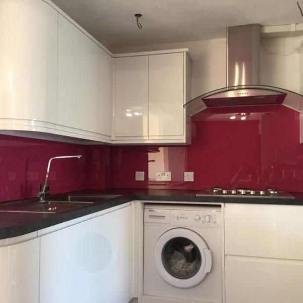 red kitchen splashback uk