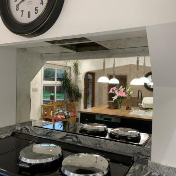 Antique Mirror Splashback (1)