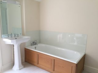 Bathroom Coloured Glass Splashbacks (4)