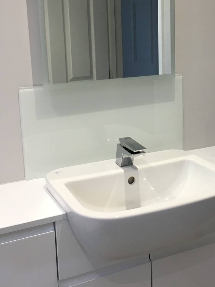 Bathroom Sink Glass Splashback Uaglass Norwich