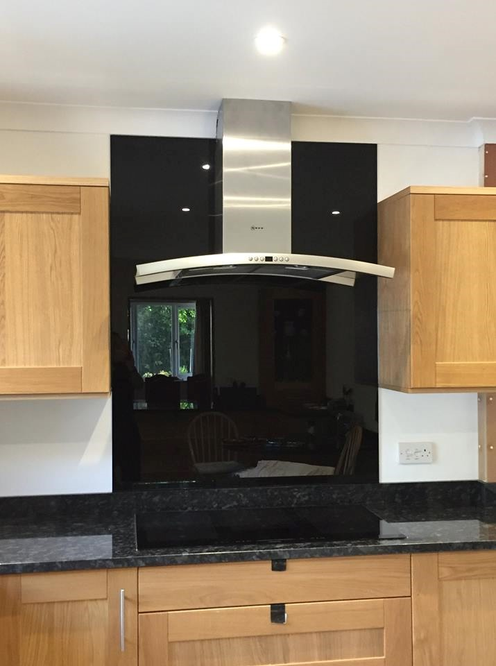 Black Glass Kitchen Splashback (2)