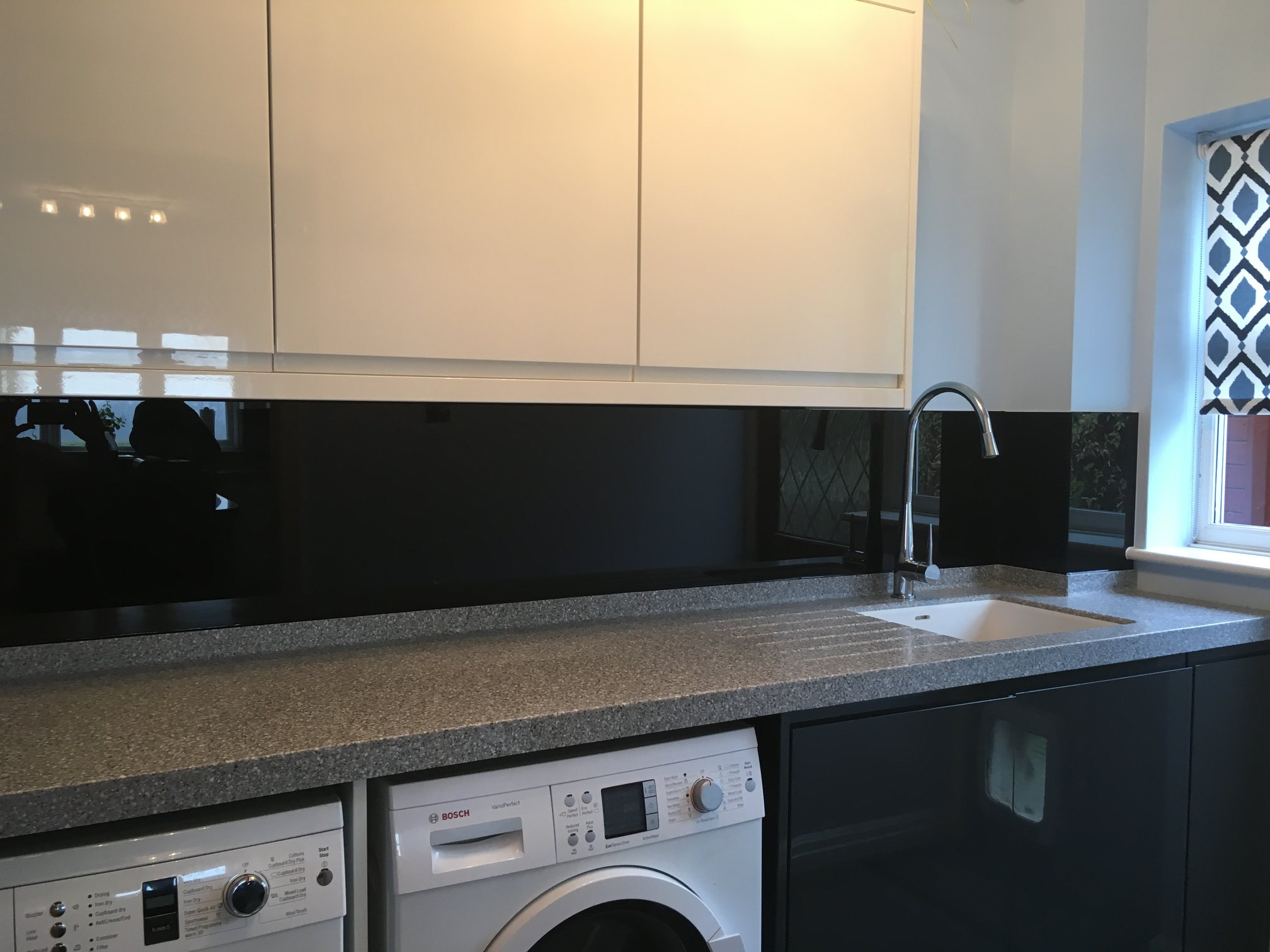 Black Kitchen Splashback For Kitchens