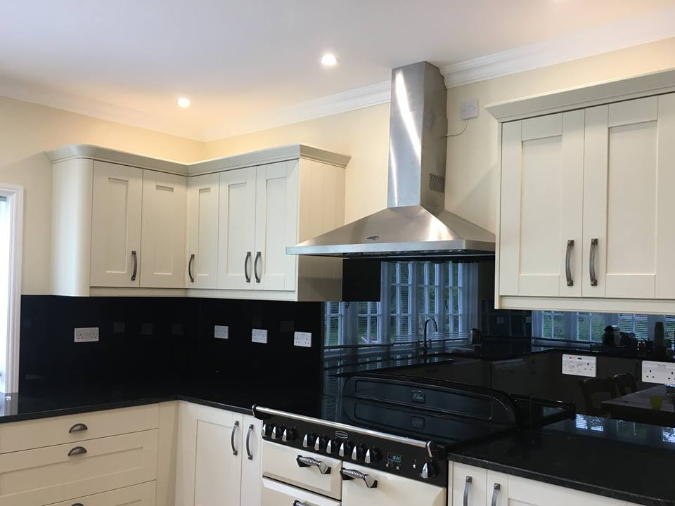 Black Kitchen Splashback