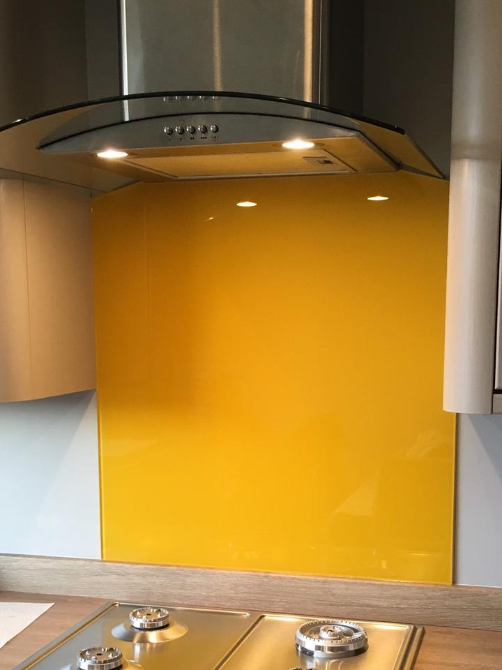 Coloured Glass Splashbacks For Kitchen Or Bathroom (8)