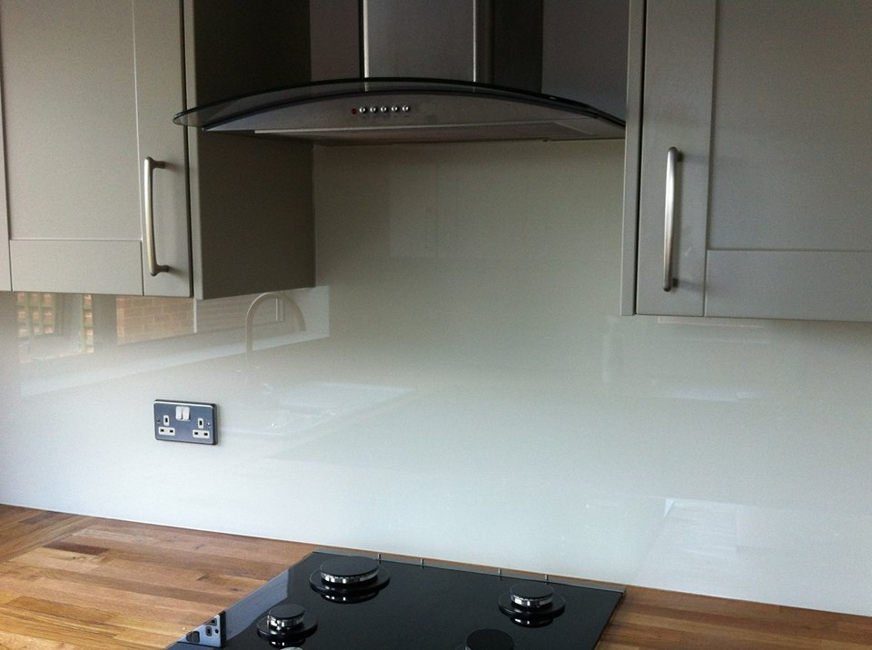 Cream Kitchen Splashback