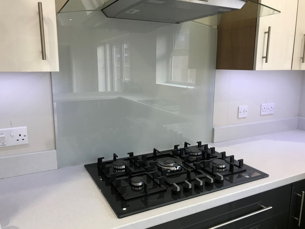 Glass Kitchen Splashbacks (1)