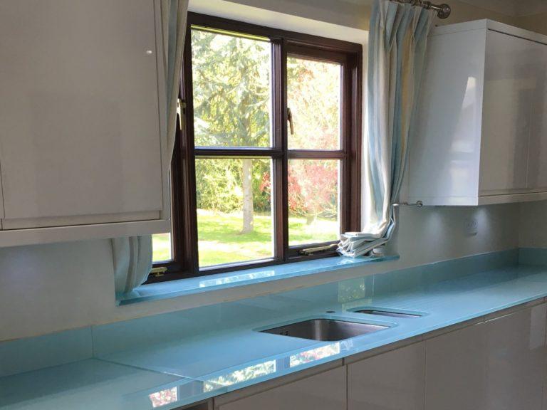 Glass Worktop And Glass Upstand