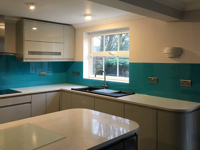 Kitchen Coloured Splashback (1)