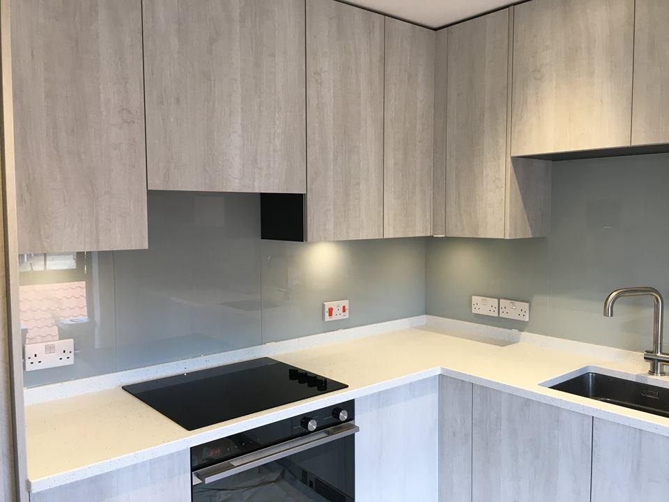 Kitchen Coloured Splashback (7)