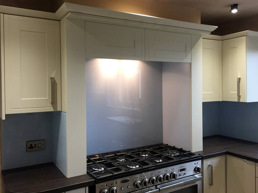 Kitchen Coloured Splashback (8)