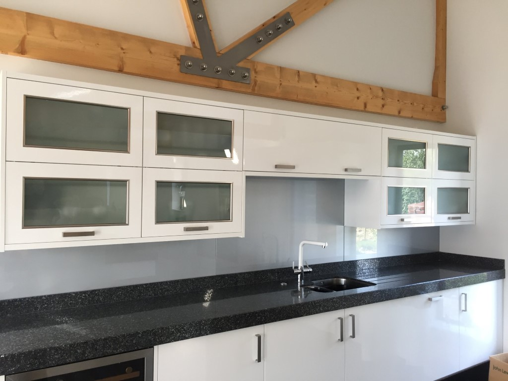 Kitchen Glass Splash Back