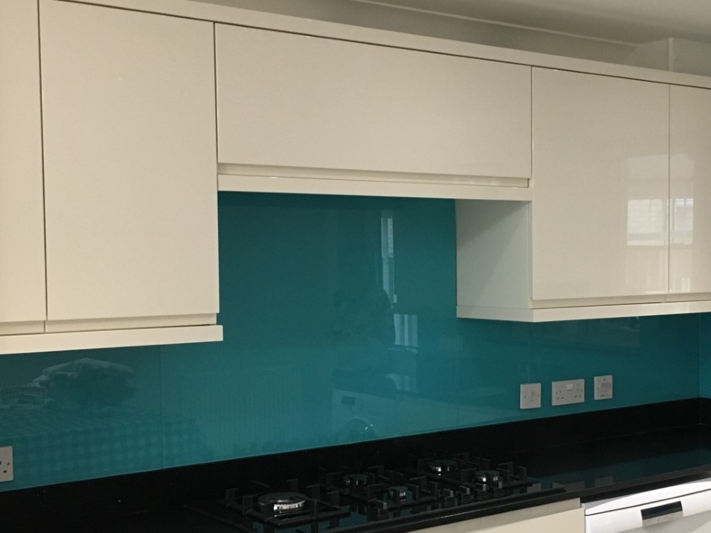 Kitchen Glass Splashback (3)