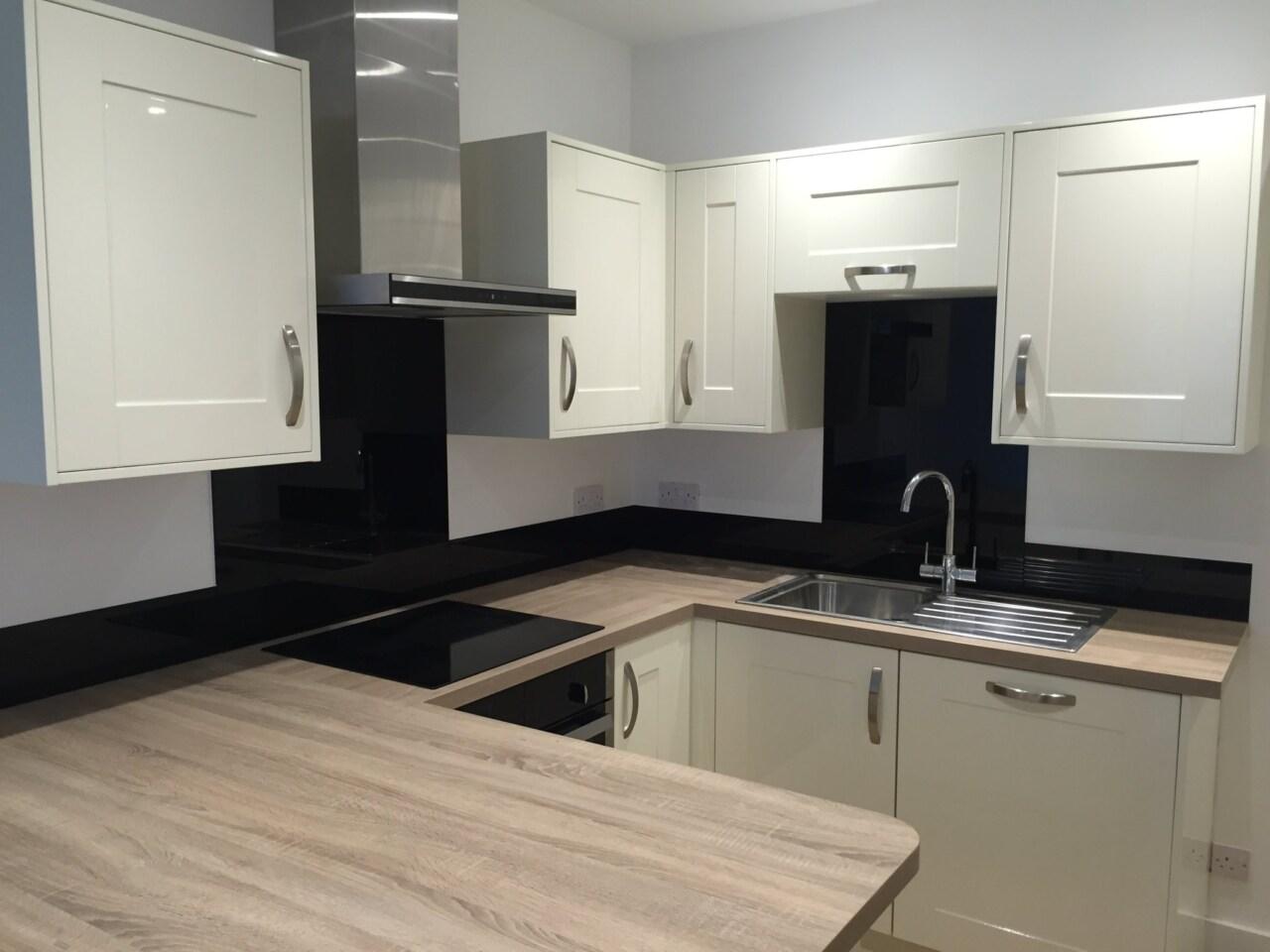 Kitchen Splashback In Black