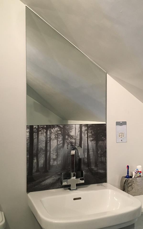 Printed Glass Splashback Bath Room