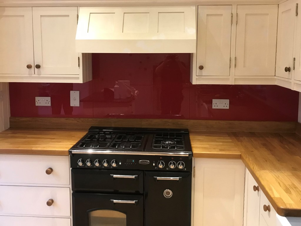 Red Raspberry Glass Kitchen Splashback (1)