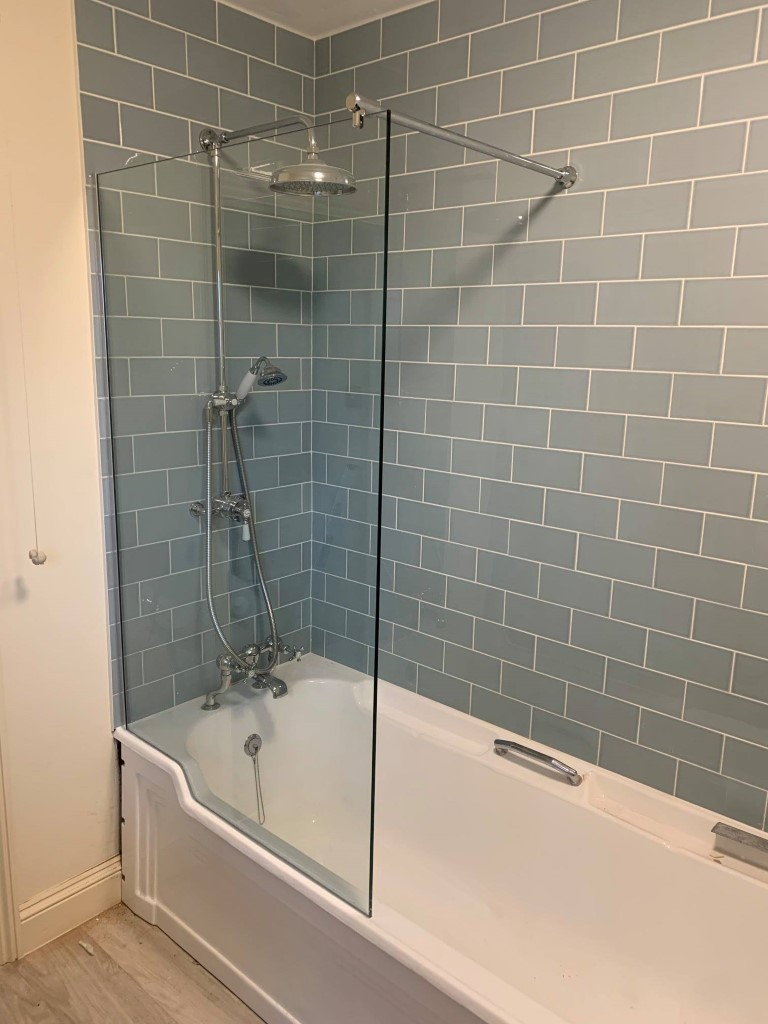 Shower Screen Ua Glass